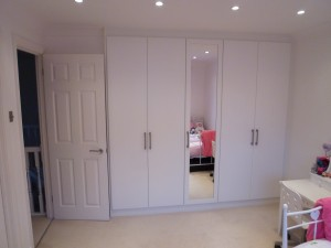 White Gloss 3 Bedroom